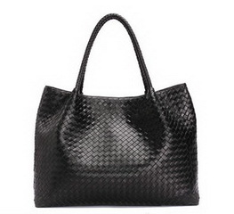 Famous Style Black Sheepskin Leather Woven Shoulder Bag RL857L
